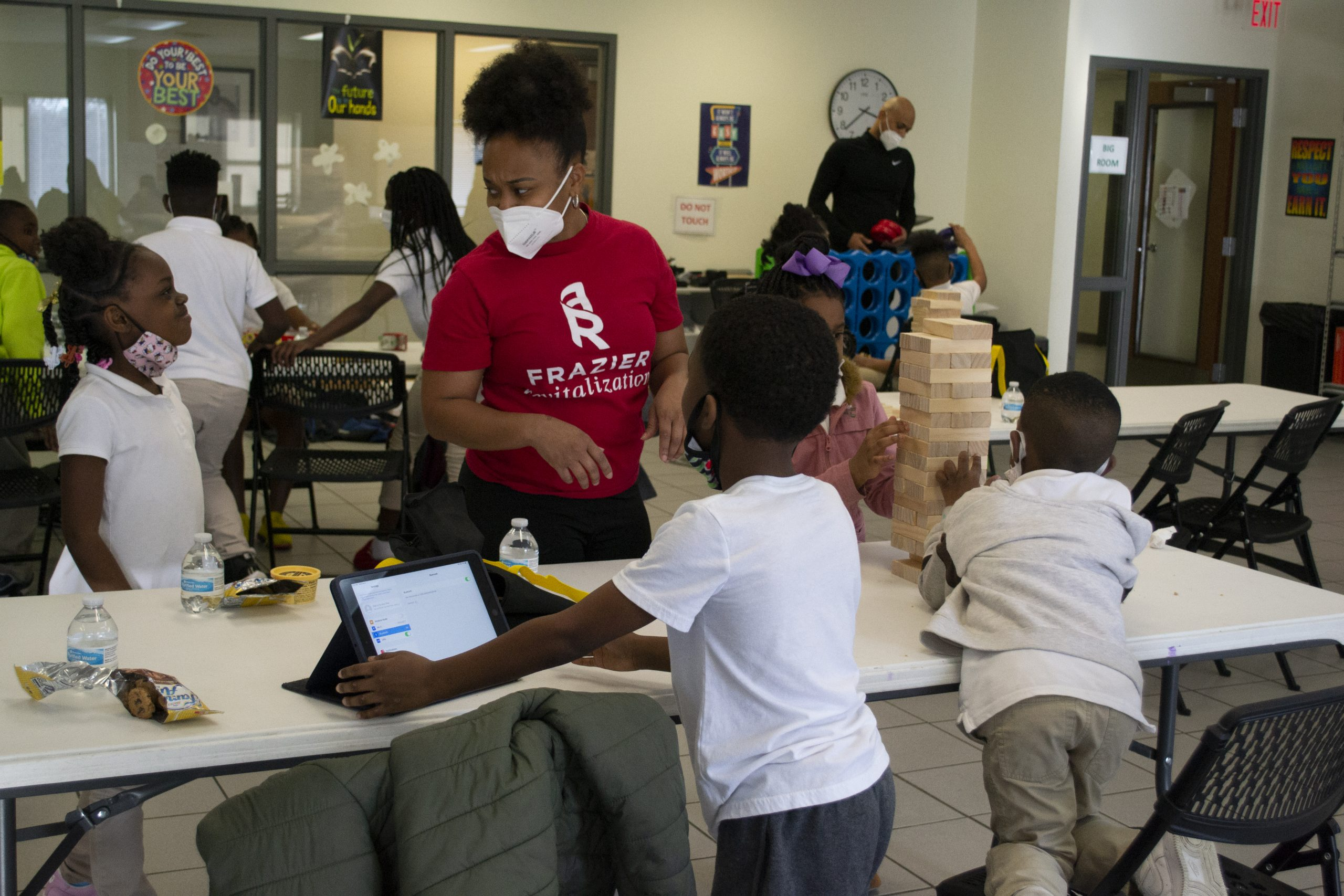 How some South Dallas families are navigating the pandemic